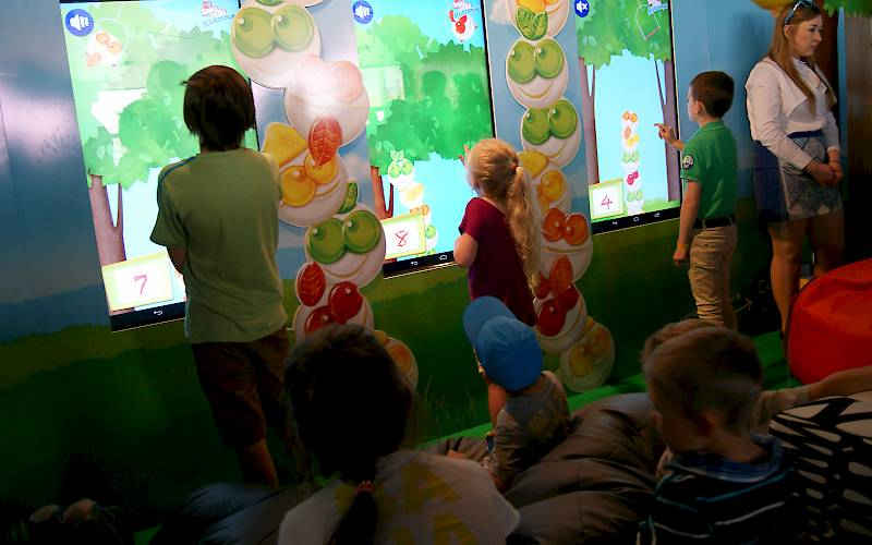 Game for kids on a touchscreen
