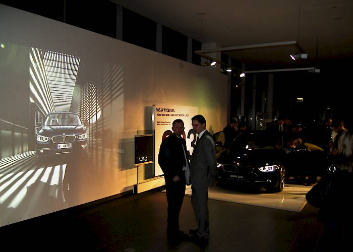 BMW - interactive wall, projection