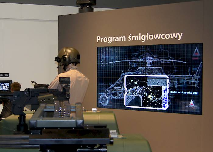 Polish Defence Holding - videowall and screens