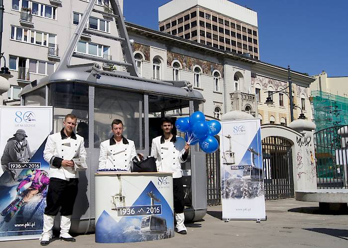 The promotional campaign PKL #Cable car travels - hosts in historical clothes